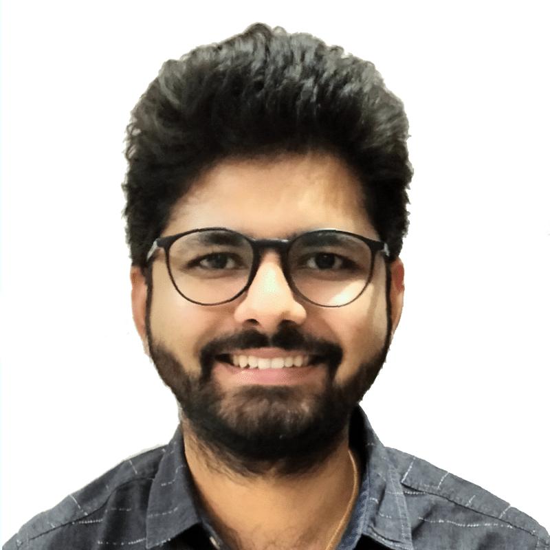 Ajitesh Karriere